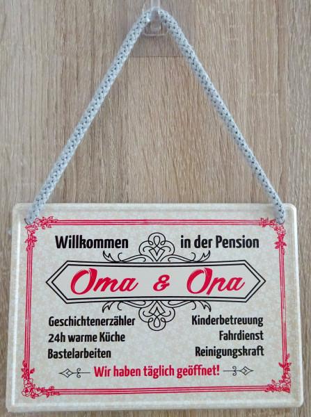 Hängeschild - Willkomen in der Pension Oma & Opa