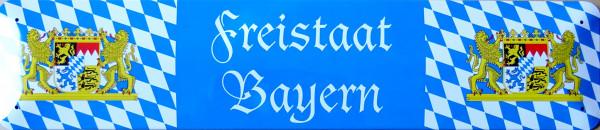 Straßenschild Freistaat Bayern